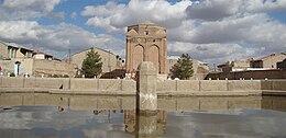 [تصویر:  260px-Gonbad_sorkh_1.jpg]