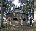 Gorzanów, zespół zamkowy, park 4.JPG
