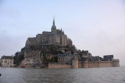 Grandes marées Mont Saint Michel 21 mars 2015.jpg