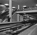 Gratis in metro in Rotterdam. Drukte op het Beursstation. Oefening bij de kaartj, Bestanddeelnr 920-9628.jpg