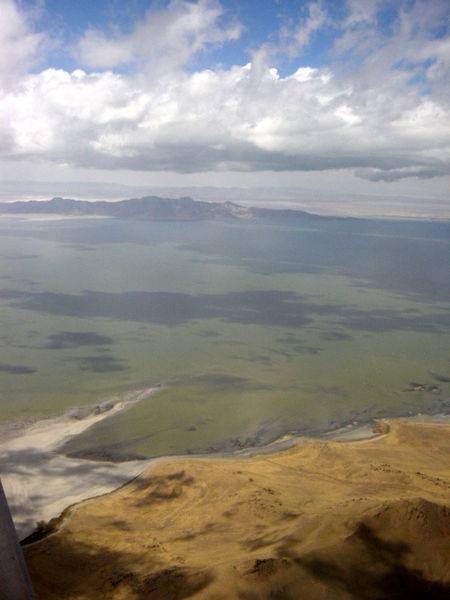 File:Great Salt Lake 2.jpg