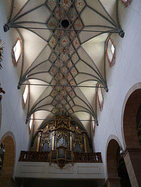 Gurk Dom Maria Himmelfahrt Innen 6.JPG