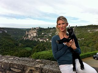 French veterinarian, television presenter and television columnist