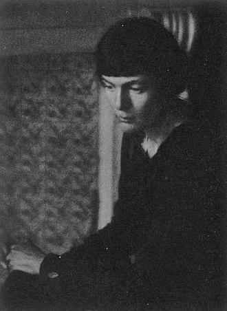 H.D. - H.D. circa 1917