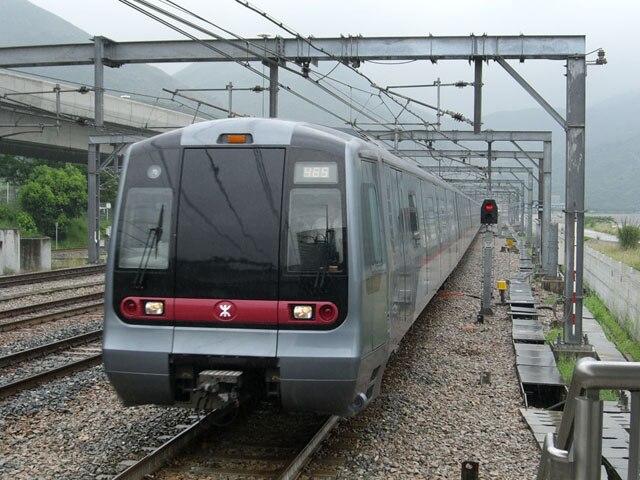 HK Tung Chung Line Train