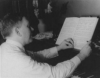 H. L. Mencken - Mencken photographed by Carl Van Vechten, 1932