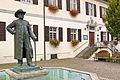 Hagnau Rathaus Hansjakob-Statue (9481051344).jpg
