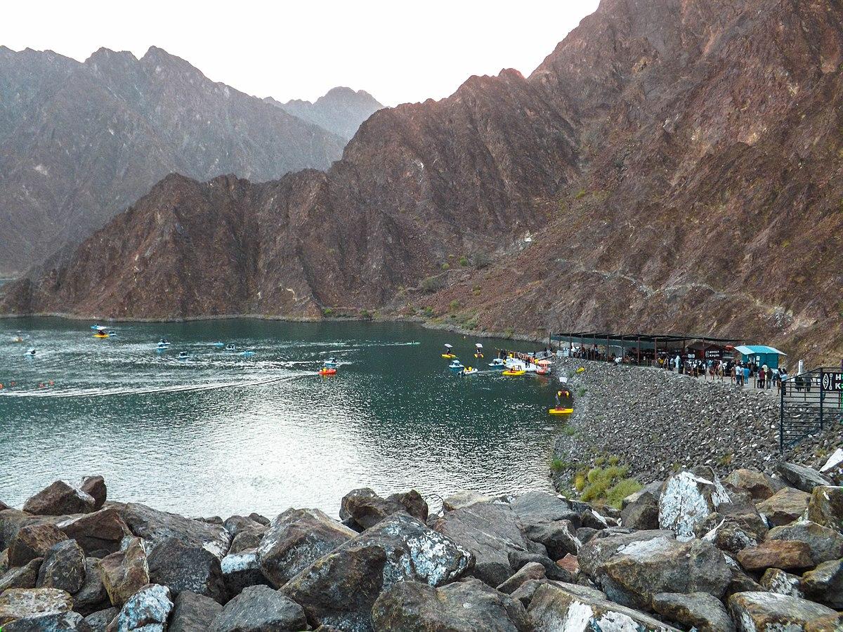 File:Hatta's Mountains.jpg - Wikimedia Commons