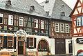Hattenheim (Rathaus und Fachwerkhäuser, 03.04.1994) 02.jpg
