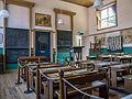 Het Hoogeland openluchtmuseum in Warffum, oud klaslokaal.jpg