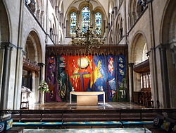High altar at Chichester Cathedral.JPG