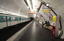 Hoche (metropolitana di Parigi)