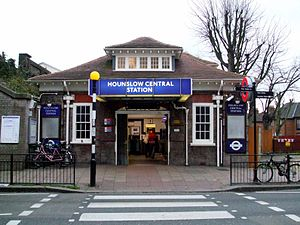 Hounslow Central tube station - Hounslow Central station building