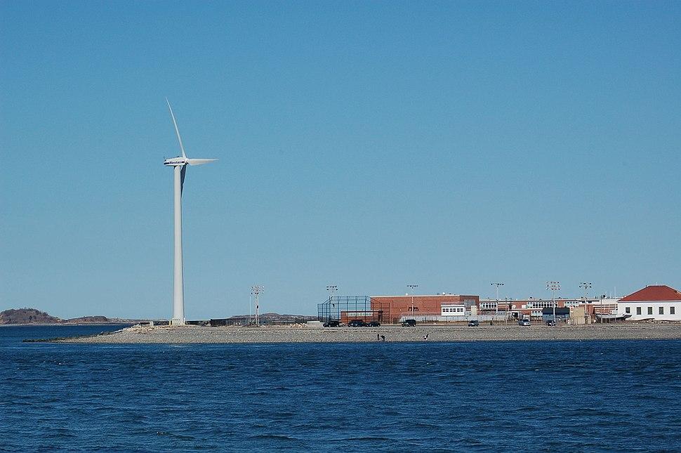 Hull wind