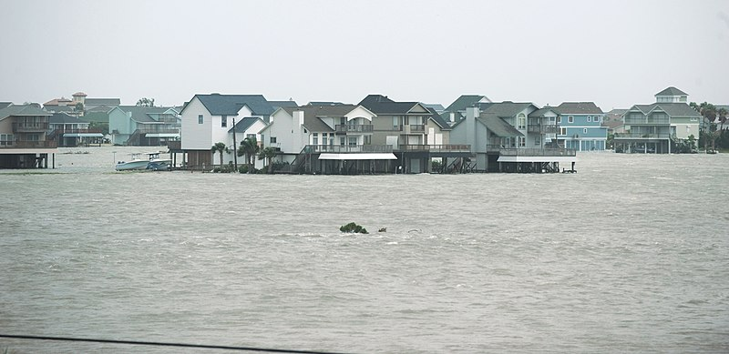 Hurricane Ike Storm Surge Begins