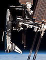 ISS and Endeavour seen from the Soyuz TMA-close.jpg