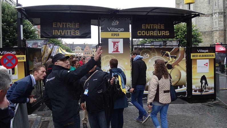 Ieper - Tour de France, étape 5, 9 juillet 2014, départ (A43).JPG