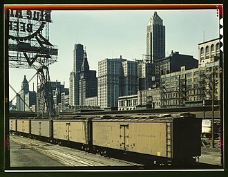 Merchants Despatch - MDT cars in Chicago, 1943.