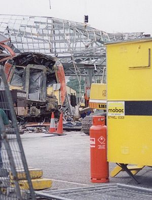 British Rail Class 318 - Front view of 318254 shortly after the crash at Largs station