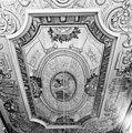 Interieur, plafond rechter voorkamer - Bolsward - 20037619 - RCE.jpg
