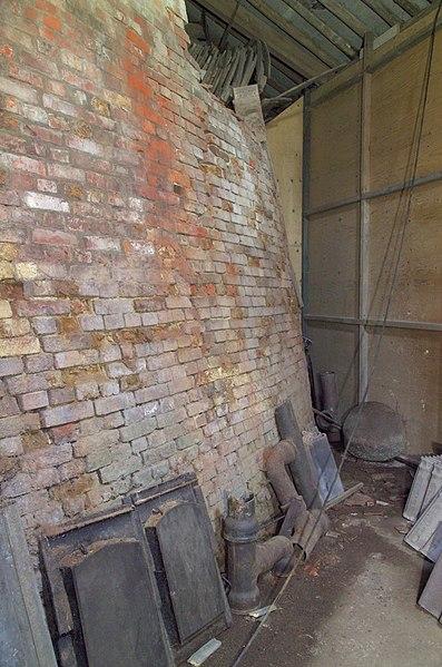 File interieur ringoven detail muur in de ring rechterzijde oostrum 20379296 - Interieur muur ...