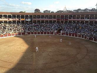 Plaza de Toros de El Bibio - Image: Interior Plaza de Toros El Bibio