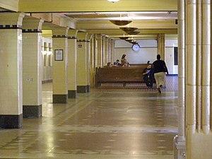 Van Buren Street station - Image: Interior Van Buren St Station