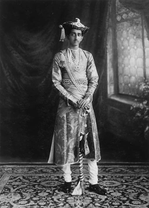 Investiture of his Highness Maharaja Yeshwant Rao Holkar Bahadur of Indore 9th May 1930
