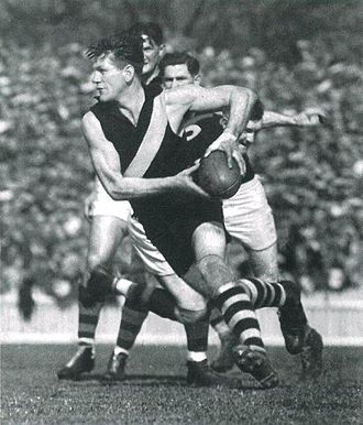 Jack Dyer - The iconic photograph
