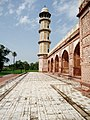 Jahangir's Tomb 12.jpg