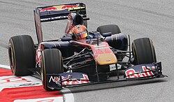 제2전 말레이시아 GP에서 아르그에르스아리가 모는 STR6