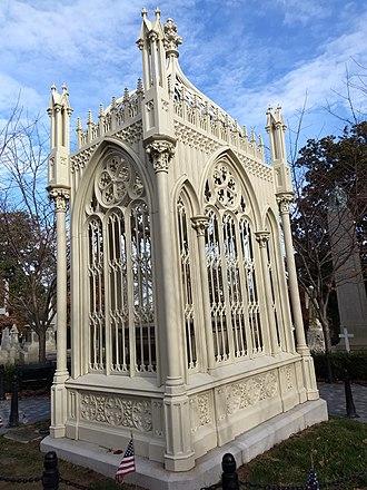 James Monroe Tomb - Image: James Monroe Grave Site 2