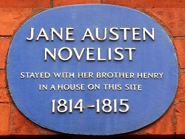 Henry Austen and Jane Austen blue plaque - Jane Austen novelist, stayed with her brother Henry in a house on this site 1814-1815