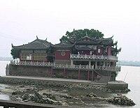 Jinshan.temple.jpg