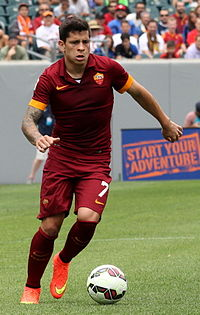 Juan Iturbe AS Roma (cropped).jpg