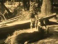 File:Judex - Episode 04 - Le Secret de la tombe (1916).webm