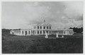KITLV - 18304 - Kleingrothe, C.J. - Medan - Deli test station for the tobacco culture in Medan, Sumatra - circa 1915.tif