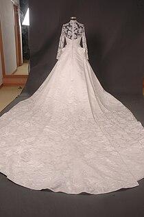 Kate Middleton Royal Dress Replica - Full Back.jpg
