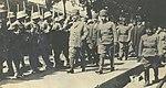 Kemal Paşa ve İsmet Paşa II. İnönü Muharebesi'nden sonra askerleri teftişte.jpg