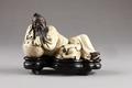 Kinesisk figur från 1800-talet - Hallwylska museet - 95982.tif