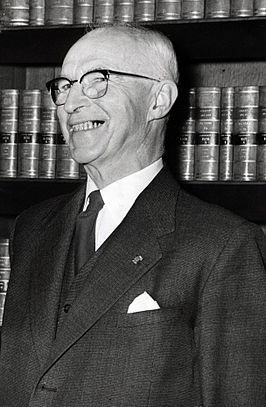 Prof. Mr. R. Kranenburg op 27 september 1955.