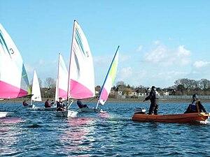 Llanishen Reservoir - Sailing tuition taking place on Llanishen Reservoir