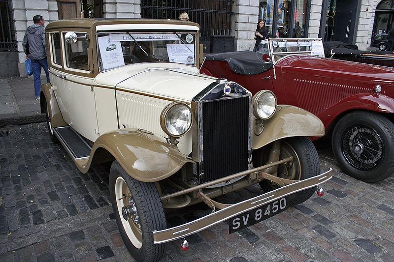 800px-Lancia_Artena_Berlina_1930.jpg
