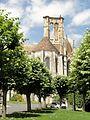 Larchant (77), basilique Saint-Mathurin, approche depuis l'est 4.JPG