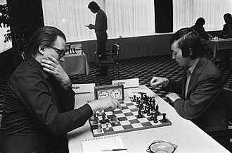Bent Larsen - Larsen vs Karpov (1980)