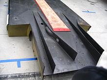Lo scivolo estrattore di una vettura di tipo Le Mans Prototype