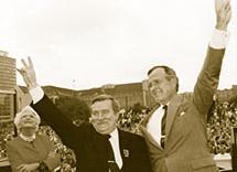 Lech Walesa George H Bush