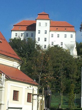 Hahót (genus) - Alsólendva Castle (today Lendava in Slovenia)