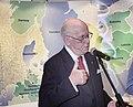 Lennart Meri Euroopa kaarti taustal 02.jpg