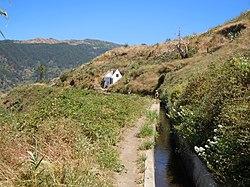 Levada do Norte entre Eira do Mourao et Espigao.jpg